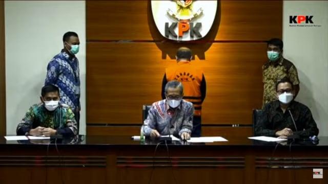 RJ Lino Ditahan KPK: Saya Senang Sekali, 5 Tahun Menunggu (53513)
