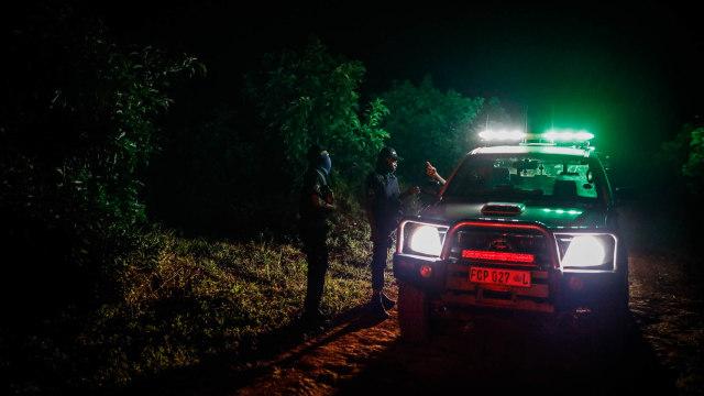 Berita Menarik: Berkendara Malam Hari Irit BBM; Diskon PPnBM Mobil 2.500 cc (250353)
