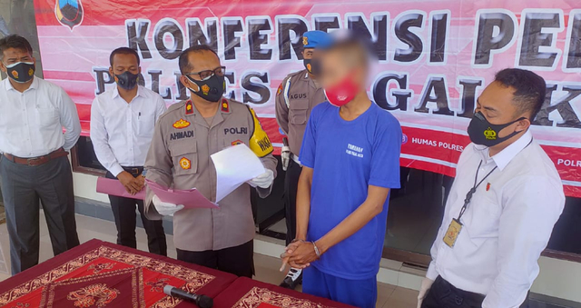 Pemuda di Kota Tegal Dibekuk Polisi karena Terlibat Kasus Judi Online  (75083)