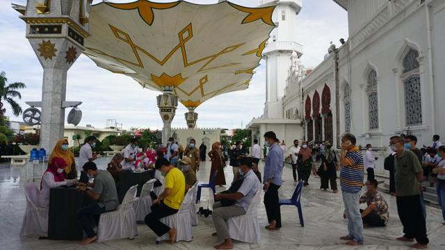 Kata IDI soal Mahasiswi Aceh Alami Kejang-kejang Usai Divaksin (151799)