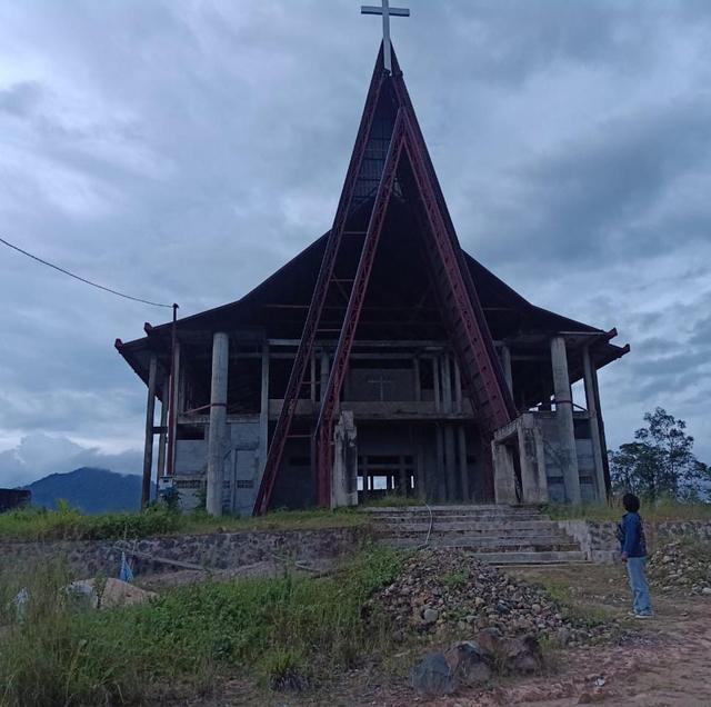 Polisi Usut Dugaan Korupsi Dana Hibah Pembangunan Gereja di Bengkayang (587165)