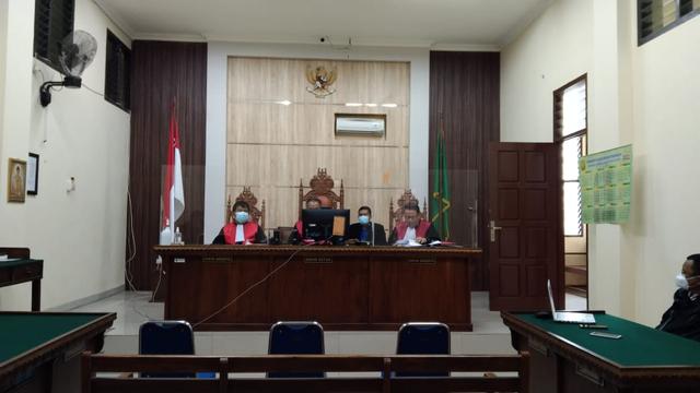 Penusuk Syekh Ali Jaber di Lampung Divonis 4 Tahun Penjara  (97458)