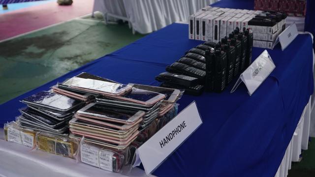 Kanwil Bea Cukai Aceh Musnahkan Barang Impor Ilegal, dari HP hingga Obat Kuat (256211)