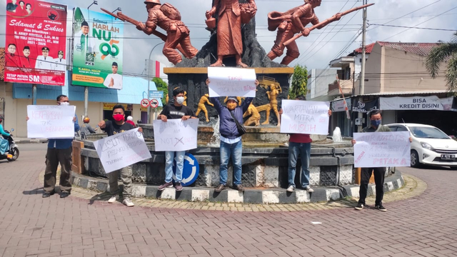 Jurnalis Blora Tuntut Aparat Usut Kekerasan yang Menimpa Jurnalis Tempo (216433)