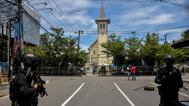 Sudah 31 Teroris Ditangkap Usai Bom Bunuh Diri di Gereja Katedral Makassar (91586)
