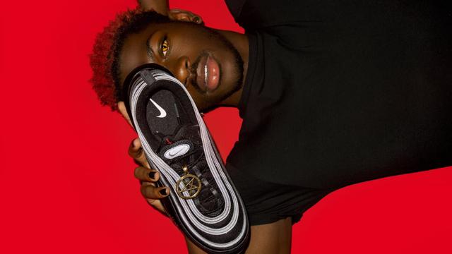 Sneakers dengan Darah Manusia Milik Lil Nas X Stop Diproduksi Usai Digugat Nike (130637)