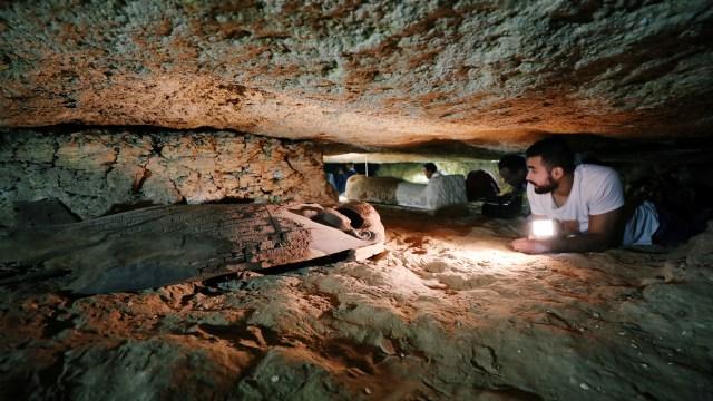 Pesan Ucapan Selamat Tahun Baru Ditemukan di Makam Kuno Berusia 2000 Tahun (83194)