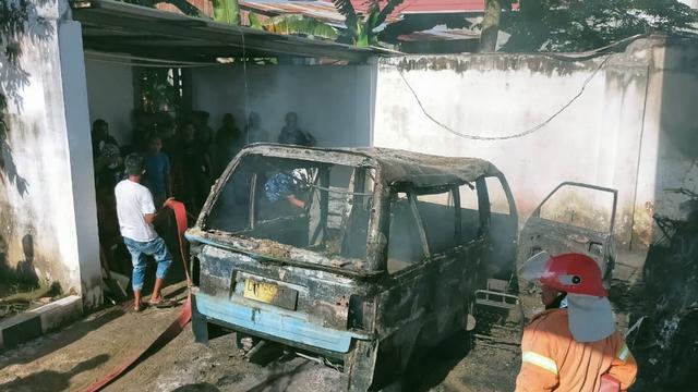 1 Mobil dan 2 Motor Terbakar di SPBU Tolitoli, Sulteng (108040)