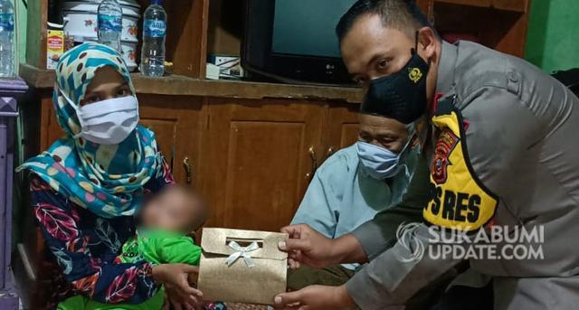 Jokowi Beri Santunan untuk Istri Terduga Teroris di Sukabumi (356906)