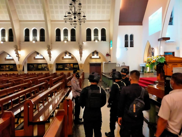 Antisipasi Ancaman Terorisme, 3 Gereja Besar di Malang Disterilisasi (88925)