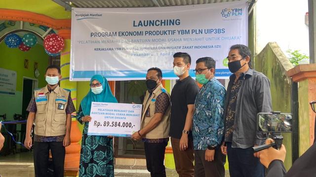 IZI Riau Bersama YBM PLN Adakan Pelatihan Keterampilan Menjahit (302256)