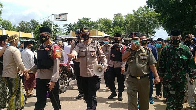Abuya Uci Wafat, Kapolres Tangerang Imbau Jemaah Tak Padati Ponpes  (141133)