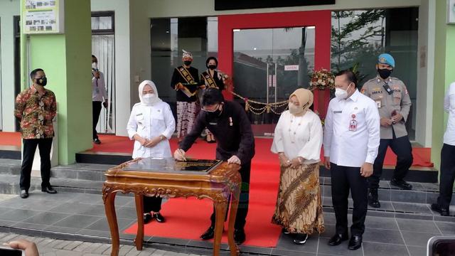 Menpan RB Tjahjo Kumolo Resmikan Mal Pelayanan Publik Bojonegoro (298835)