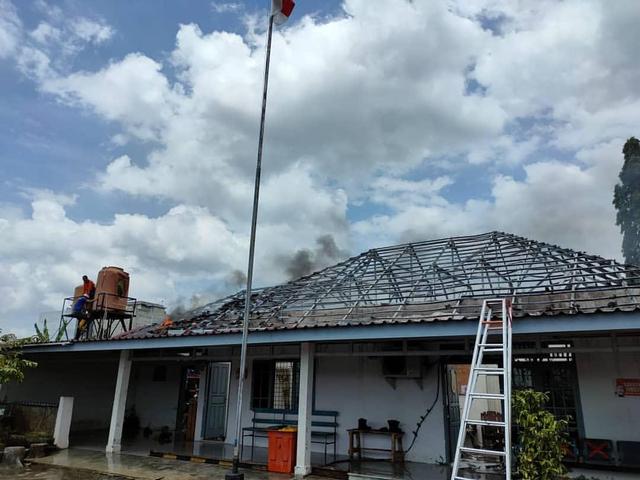 3 Ruangan di Stasiun Lahat Terbakar (765211)