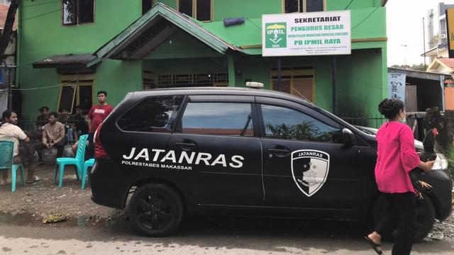 Asrama Mahasiswa di Makassar Dilempari Bom Molotov, Motor Hangus Terbakar (124312)