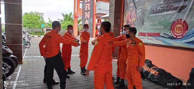 Basarnas Bali Kirim 8 Personel untuk Operasi SAR Bencana di NTT (116882)