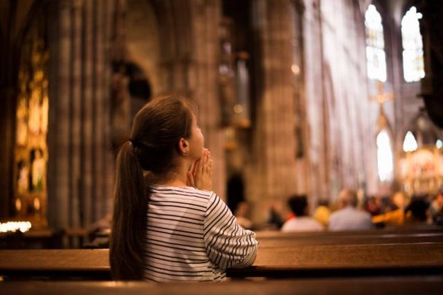 Kumpulan Doa Katolik Dasar yang Wajib Dihafalkan oleh Umat Katolik (85808)