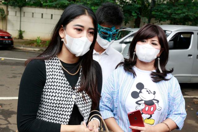 Yuyun Sukawati Minta Fajar Umbara Segera Selesaikan Masalah Akses Apartemen (241116)
