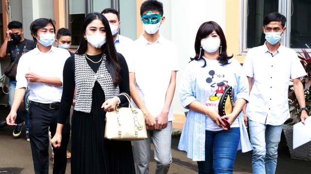 Jadi Korban KDRT, Yuyun Sukawati: Saya Cuma Mau Keluarga Bahagia (59857)