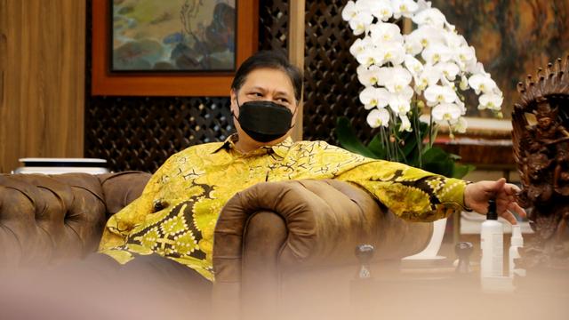 Populer: Menteri Jokowi yang ke Luar Negeri Saat PPKM Darurat; PHK Pegawai Mal (1209225)