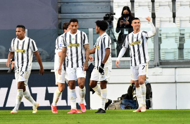Hasil Lengkap Liga Italia: Inter & Juventus Kompak Menang (252723)