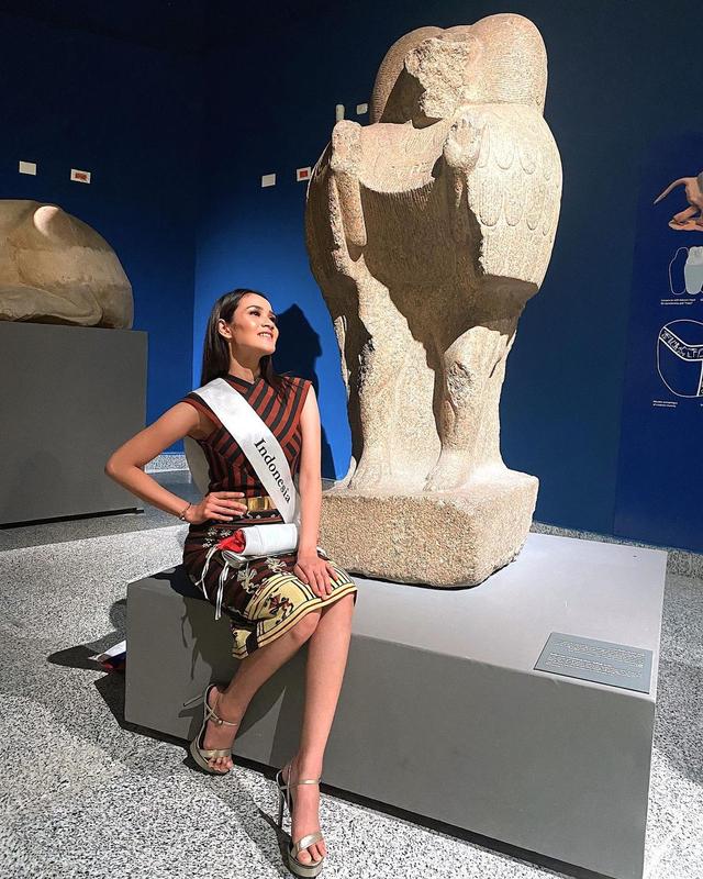 7 Pesona Intan Wisni, Finalis Miss Eco Internasional yang Ramai Dicibir (167638)