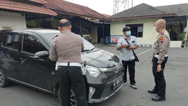 Gara-gara Tak Kenakan Sabuk Pengaman, Mobil Bodong Tertangkap Kamera ETLE (15259)