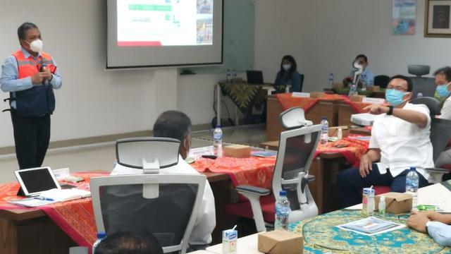 Komut Pertamina, Ahok, Lakukan Kunjungan ke Proyek JTB di Bojonegoro (305251)
