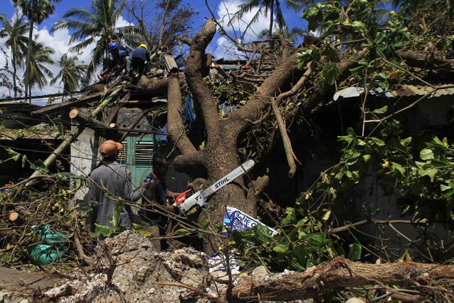 BNPB Minta 30 Gubernur Waspadai Cuaca Ekstrem Akibat Bibit Siklon Tropis 94W (162953)