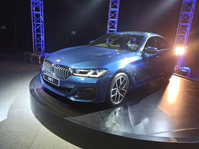 Inilah BMW Seri 5 Terbaru, Ada Versi Sporty dan Elegan Berkelas (3)