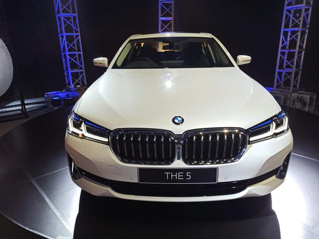 Inilah BMW Seri 5 Terbaru, Ada Versi Sporty dan Elegan Berkelas (7)