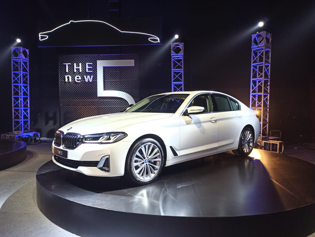Inilah BMW Seri 5 Terbaru, Ada Versi Sporty dan Elegan Berkelas (9)