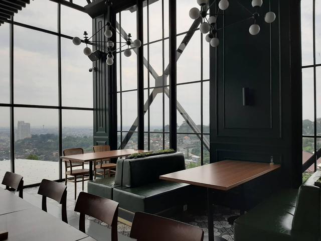 Bingung Cari Cafe Instagramable di Semarang? Epicure 'Sky Terrace' Tempatnya! (13556)