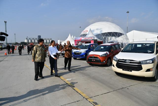 50 Tahun Toyota Indonesia: Dari Produsen Mobil Bak hingga Elektrifikasi (557213)