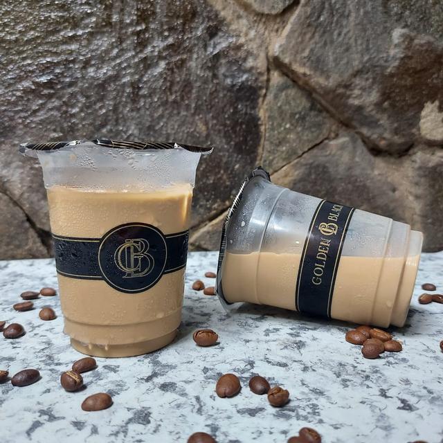 Tasya Farasya Usaha Es Kopi Susu Golden Black Coffee, Hits Banget! (211699)