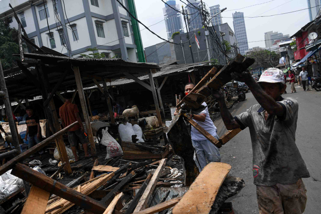 Kebakaran 2 Pasar di Jakarta Jelang Ramadhan, Perlukah Asuransi untuk Pedagang? (278446)