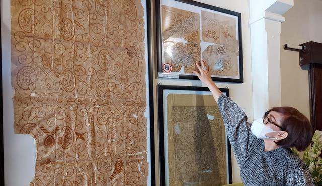 Maestro Keroncong Waldjinah Bikin Galeri Batik di Rumahnya (458811)