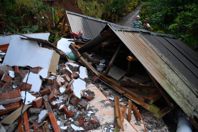 Foto: Kondisi Rumah Warga di Lumajang yang Porak Poranda Akibat Gempa (458191)