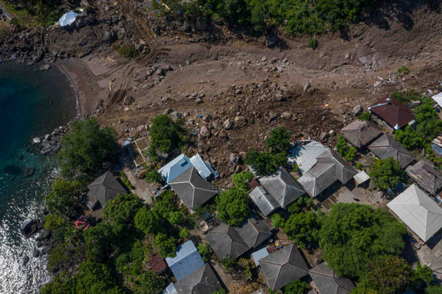 Korban Tewas Banjir Bandang di NTT Kini Jadi 179 Orang, 45 Masih Hilang (7587)