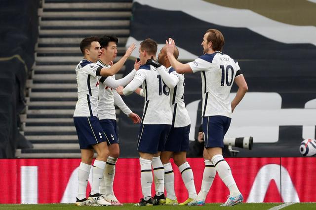 3 Alasan Kenapa Antonio Conte Ogah ke Tottenham Hotspur (253370)