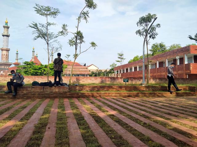 Setelah Berkali-kali Ditunda, Pemkot Cirebon Resmikan Alun-alun Kejaksan (722841)