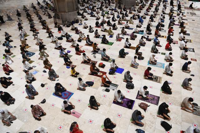 Anies Dorong Masjid Raya Lain Ikut Istiqlal, Tak Gelar Salat Id di Tengah Corona (72360)