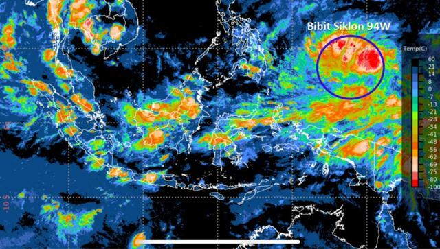 BNPB Minta 30 Gubernur Waspadai Cuaca Ekstrem Akibat Bibit Siklon Tropis 94W (162949)