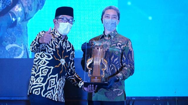 Pemkot Bogor Terima Penghargaan Perencanaan Daerah di Musrenbang Jawa Barat (23658)