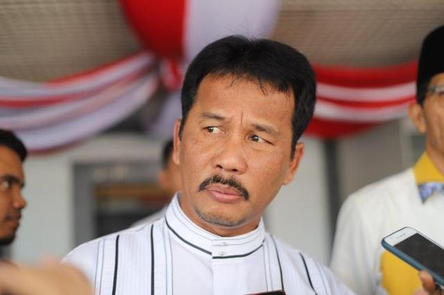 Heboh Kue Politik dengan Ansar, Rudi Larang Perpat Demo (547236)