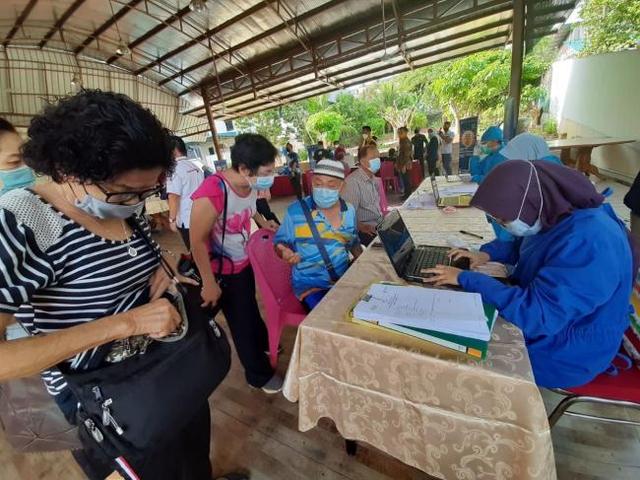 Baru 30 Persen Lansia di Tanjungpinang Terima Vaksin Covid-19 (426936)