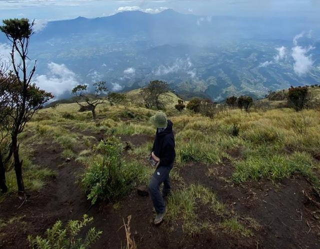 Menyalurkan Hobi Sambil Berolahraga dengan Mendaki Gunung (291922)