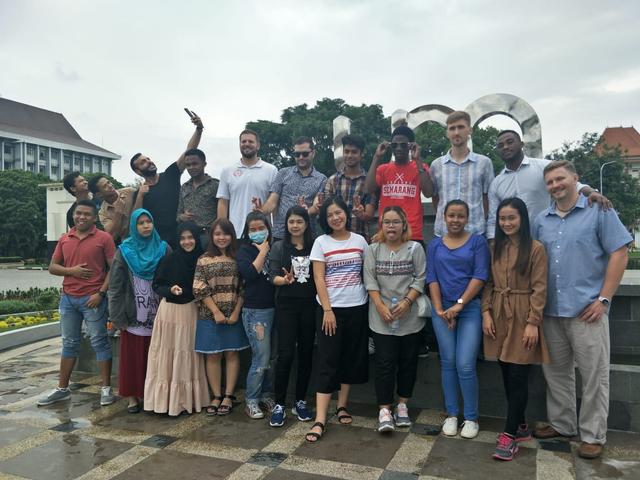 Pengalaman Lintas Budaya Pelajar Tanzania di Indonesia  (206929)