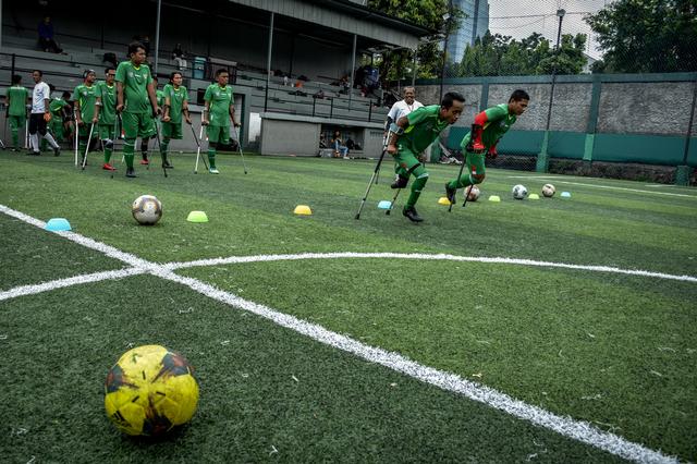 Memetik Semangat Pantang Menyerah dari Pesepak Bola Disabilitas (88752)