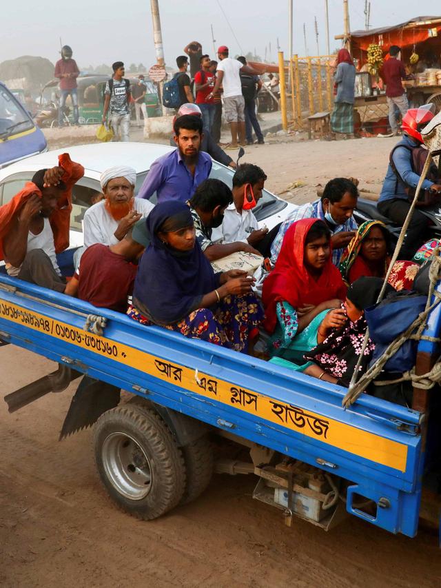 Foto: Hindari Lockdown Migran dan Pekerja Tinggalkan Bangladesh (570884)